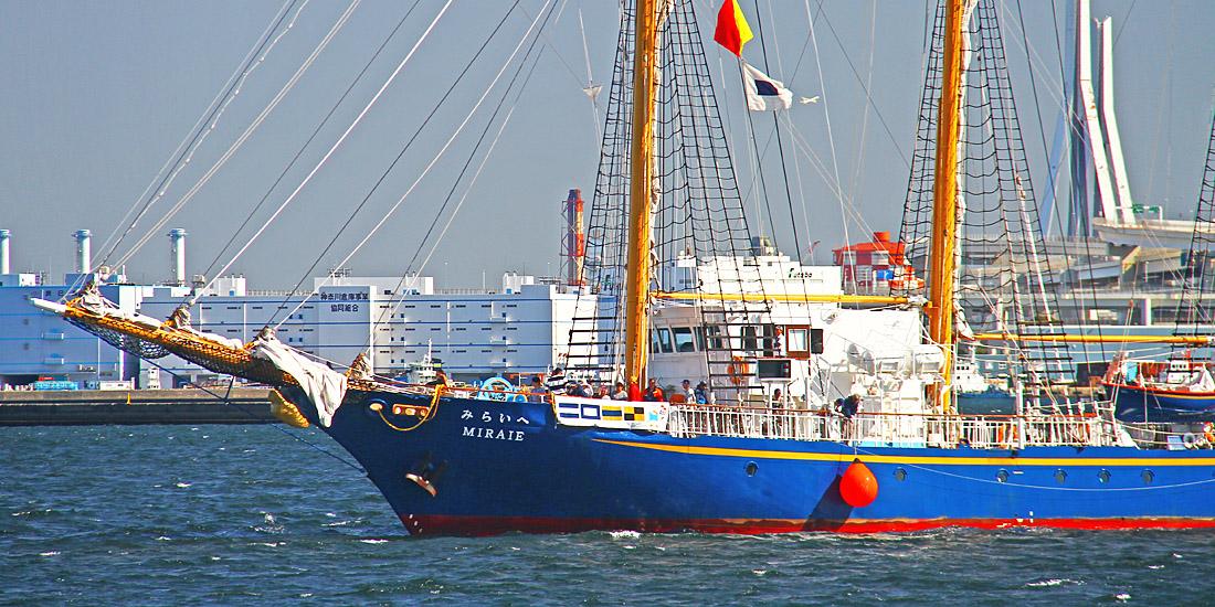 帆船「みらいへ」、宮古港で船内...
